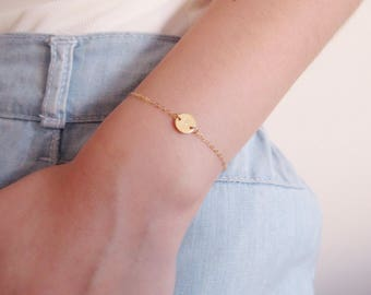 Gold Disc Bracelet, initial bracelet , dainty bracelet, gold filled bracelet, personalized bracelet, hand stamped bracelet