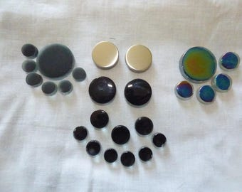 SET OF 25 ROUND STAINLESS STEEL AND GLASS TILES