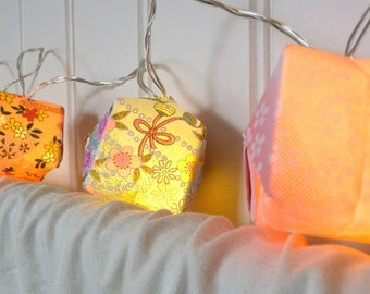 "String light led - pink and blue origami cubes - Collection ""and tenderness, b..."""
