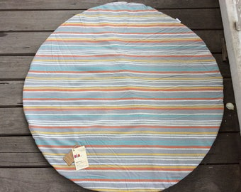 Grey, teal, orange & white scallop 1m Circular, padded indoor playmat, baby playmat, tummy time mat with heavy duty drill backing