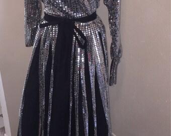 Women's Passover Dress