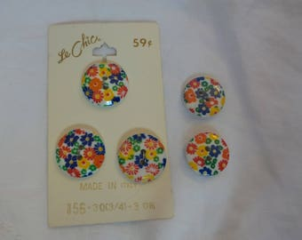 Vintage Floral Buttons Assorted Sizes