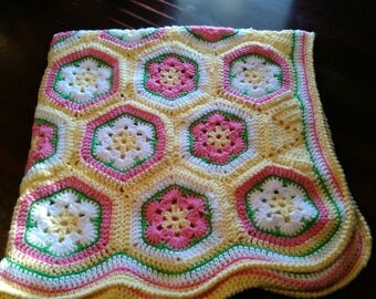 African Flower Hexagon Afghan/Blanket