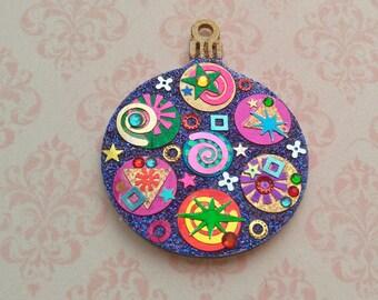 Round Ornament 29
