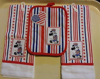 Mickey Mouse 4th Of July Patriotic USA Flag Red White & Blue Striped Summer Kitchen BBQ Picnic 3 Piece Set