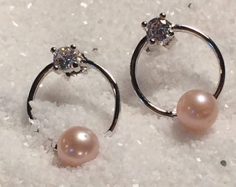 Unique circle/ post pearl earrings