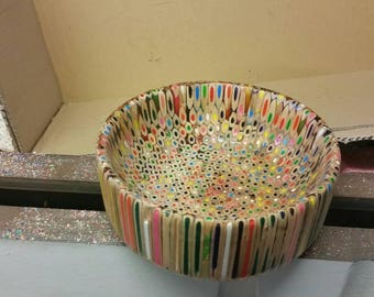 Colouring pencil bowl 7 inch x 3 inch