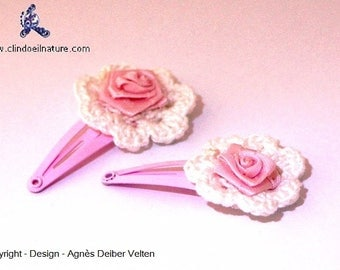 Hair clips. Adorable small crocheted flowers pink flowers