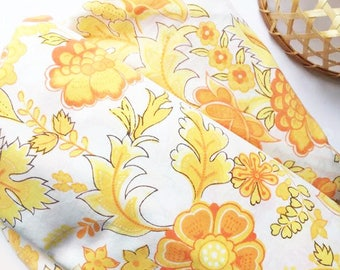 FITTED sheet in FAB retro floral