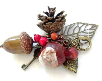 Unusual Keychain,Autumn Keychain,natural Keychain,conkers jewelry,bag Keychain,bag jewelry,falling accessories,unigue Keychain,unique gift