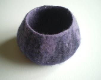 Purple and mauve wet felted wool trinket bowl