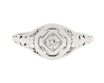 1920's 14K Filigree Diamond Ring