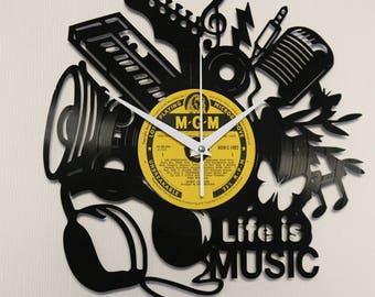 Vinyl clock Vinyl wall clock Vinyl record clock Clock wall Record clock Music clock Vinyl record art Wall music Vinyl crafts Unique clock
