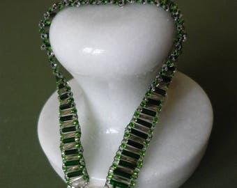 Green and silver glass bead bracelet