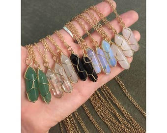 Gold Wire Wrapped Crystal Necklace/Healing Crystal Stone Necklace/Stone Necklace/Crystal Pendant/Quartz Pendant Jewelry/Birthday Gift