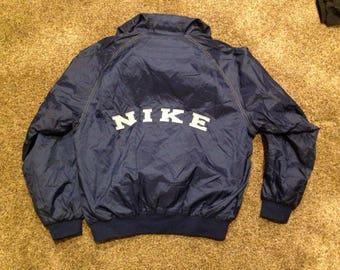 Vintage nike spellout hooded windbreaker jacket size medium!!!!!