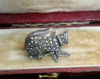 Vintage silver cat brooch, marcasite and silver jewelry