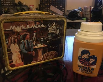 More and Mindy with Robbie the Robot lunchbox