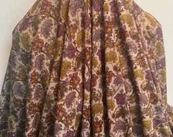 17-278 Printed Onionskin Knit Grape and Gold- Sold by the Yard