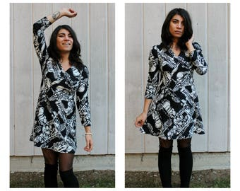 Vintage 60's Mod Black & White Abstract Print A line Dress Three Quarter Sleeve Vneck