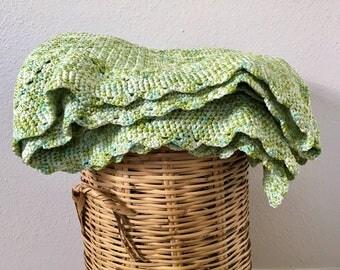 Vintage crochet throw blanket/afghan