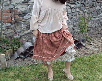 Lubilines pretty country shabby skirt made from vintage cotton and you print