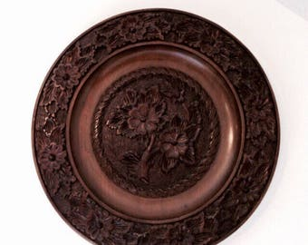 Carved deco | Vintage wall art | Wooden wall deco