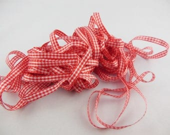 Color 6 mm red gingham Ribbon