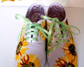 Hand Painted Sunflower Sneakers, Hanpainted Sneakers, Sunflower Shoes, Hanpainted Shoes, Sunflower Art, Sunflowers