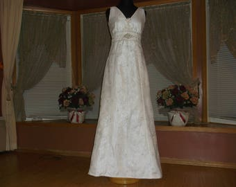 White Silver/Rhinestone Beaded Organza Wedding Gown