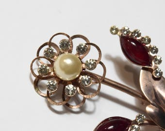 Gorgeous vintage pin and earring set, copper with red cabochon, crystal rhinestones and pearls
