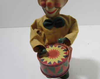 Wind up toy, Vintage toy. Clown drummer