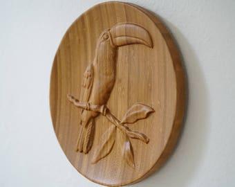 Toucan right facing Bamboo Wood