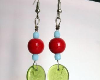 Tricolor earrings green leaves