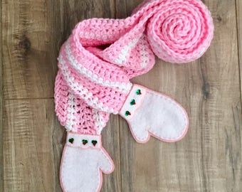 "Baby or Toddler Girl ""Mitten"" Scarf"