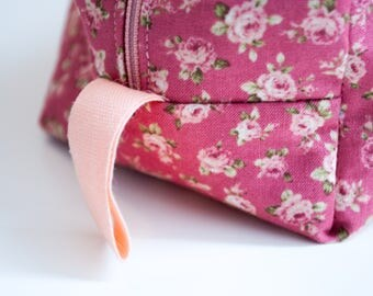 Box vanity Case pink flowers with zipper