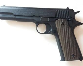 M1911 WWII Colt Pistol Parkerized Finish Resin Exhibit Grade Replica