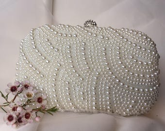 Wedding clutch, wedding accessories, bridal accessories, bridal clutch, bridal purse, embellished clutch, pearl clutch, ivory clutch