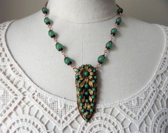 Vintage Deco Green Glass & Brass Assemblage Pendant Necklace