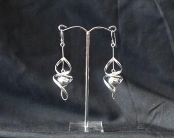 Handcrafted Artisan Jewelry, Silver Earrings, Laos Jewelry, Dewdrop Swirl