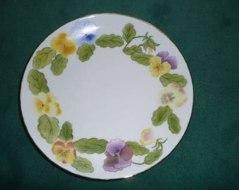 Large round plate (flat), wreath thoughts, net gold