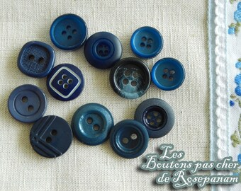 12 buttons - shades of blue and Navy - 1.2-1.5 cm diameter - set of vintage buttons
