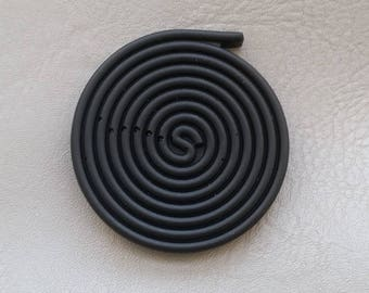 """Licorice candy magnets in black resin """"Les treats"""""""