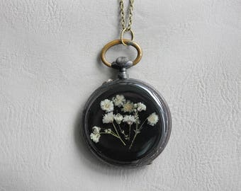 Necklace + genuine watch FOB (4, 6cm), resin and dried Gypsophila white flower