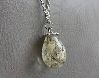 Necklace + pendant drop/Teardrop resin and baby's breath white inclusion