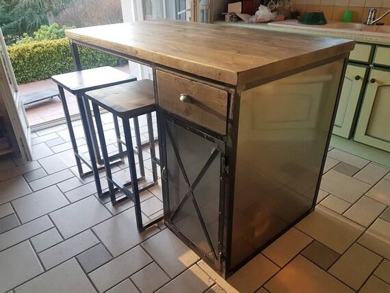 Ilot centrale de cuisine industriel porte acier tiroir en bois for Ilot central table et rangement