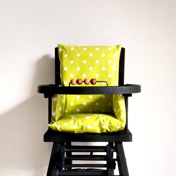 Coussin de chaise haute vert anis chaise haute b b for Coussin pour chaise haute bebe