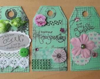 3 green tags for your scrapbooking creations.
