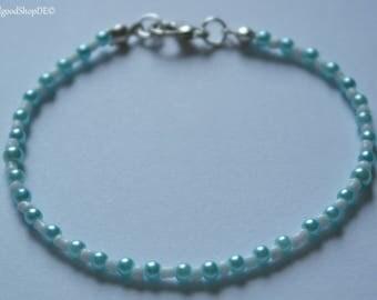 "Pearl bracelet ""blue snow in summer"""