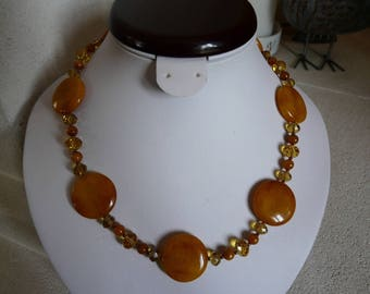 """BEAUTIFUL CRYSTAL AND JADE COLORED """"SUN"""" NECKLACE"""